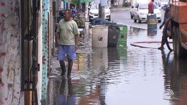 Chuva causa pontos de alagamento na capital baiana - Tempo fica instável em Salvador ate o fim de semana. Veja na previsão.