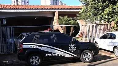 Polícia deflagra 2ª fase da operação contra fraudes no concurso para delegado - Foram cumpridos 26 mandados judiciais, sendo 13 de busca e apreensão e 13 de condução coercitiva em Goiás de no Distrito Federal.