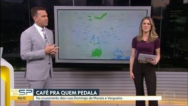 Em maio amarelo, Prefeitura incentiva uso de bicicleta para ir ao trabalho - Prefeitura oferece café da manhã para quem passar de bicicleta, entre as 7h e 11h, pelo cruzamento das Ruas Domingos de Moraes e Vergueiro.
