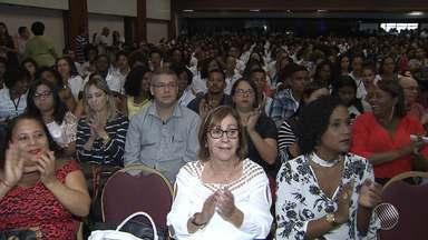 Educadores e estudantes se reúnem no evento 'Jornada Transformadora', em Salvador - O evento serviu para avaliar o trabalho da ONG Parque Social, dirigida por Rosário Magalhães.