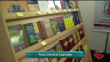 IV Feira Literária Capixaba tem lançamento de 75 obras de escritores do ES - Evento acontece a partir desta quarta-feira (17), na Ufes, em Vitória. Programação é gratuita e conta com palestras e mesa-redonda.