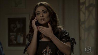 Bibi fica aflita por não conseguir falar com Rubinho - Aurora fica desconfiada da viagem repentina do genro. Rubinho rejeita as ligações da esposa