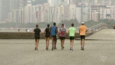 Grupo se reúne para treinar e competir os 10 km Tribuna FM - Walmir Nunes, ultramaratonista, dá dicas para a prova