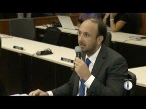 Câmara vai votar cassação do ex-vereador Leonardo Glória em Valadares - Comissão entendeu que ex-vereador quebrou ética e decoro parlamentar.
