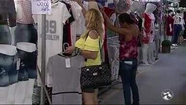 Festival do Jeans é realizado em Toritama - Estima-se um acréscimo 30% nas vendas durante os três dias de evento. São esperados compradores de diversos estados do país.