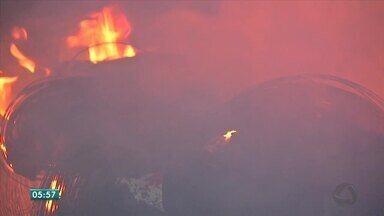 Incêndio destrói borracharia em Várzea Grande - Incêndio destrói borracharia em Várzea Grande.