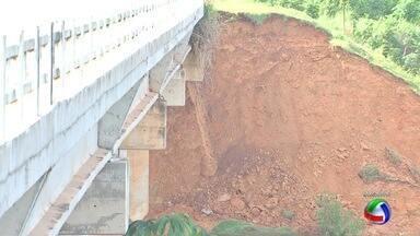 Câmeras flagram veículos pesados em ponte no Coxipó - Câmeras de videomonitoramento flagram veículos pesados em ponte no Coxipó.