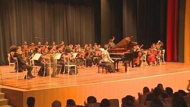 Pianista americana encanta o píblico com apresentação em Porto Velho - O Teatro Palácio das Artes ficou lotado neste domingo, 21, em Porto Velho, uma pianista americana foi a responsável por proporcionar ao público uma noite memorável.