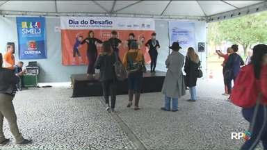 Espaço com atividades físicas movimenta a praça Rui Barbosa no Dia do Desafio - O Dia do Desafio é uma campanha mundial contra o sedentarismo.