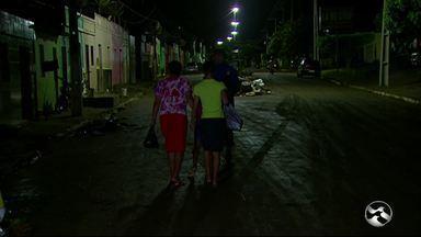 Moradores continuam em abrigos em Água Preta, na Mata Sul - Alguns tentaram voltar para casa, mas não tiveram condições de ficar.