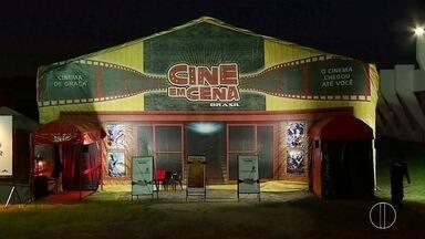 Estudantes de São Pedro, RJ, recebem o projeto 'Cine em Cena Brasil' - Assista a seguir.