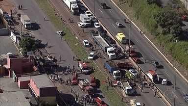 Entre tantas promessas e projetos, reforma do Anel Rodoviário de BH nunca saiu do papel - E os problemas só se agravam: trânsito caótico, perigo, acidentes e mortes.