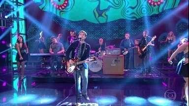 Skank apresenta versão de 'A Hard Day's Night' - Grupo regravou versão dos Beatles para a abertura da novela 'Pega Pega'