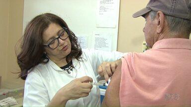 Secretaria de Saúde de Londrina libera vacinas da gripe para a população em geral - Doses que sobrarem após fim da campanha regular estarão disponíveis no sábado, em duas barracas montadas no Calçadão.