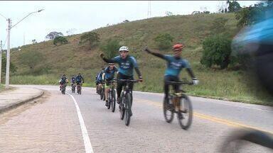 Grupo de ciclistas relembra missões de padres jesuítas no ES - Previsão é que grupo chegue de volta a Castelo na manhã deste domingo (11).
