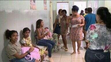 Moradores de São Mateus têm dificuldades de encontrar vacinas contra a gripe - Segundo a prefeitura, grupos prioritários podem encontrar a vacina nos postos com facilidade.