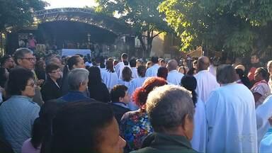 Missa campal, tapetes e procissões marcam celebrações de Corpus Christi no Noroeste - Agora à tarde também tem celebrações em Umuarama.