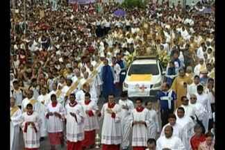 Católicos celebram Corpus Christi no Portal da Amazônia nesta quinta-feira (15), em Belém - Cerimônia emocionou fiéis.