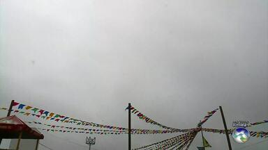 Apac emite alerta de chuvas fortes para Região Metropolitana - Em Caruaru, a previsão é de chuva ao longo do dia.