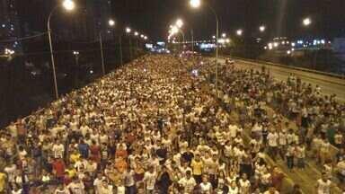Marcha para Jesus reúne cerca de 300 mil pessoas em Teresina - Marcha para Jesus reúne cerca de 300 mil pessoas em Teresina