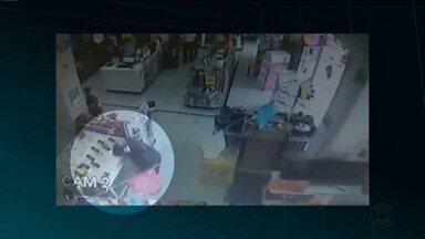 Imagens de circuito de segurança mostram assalto em loja de departamento em CG - Vários celulares foram roubados da loja que fica na Rua João Pessoa.