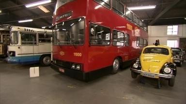 Museu conta a história dos transportes em São Paulo - Inaugurado em 1985, o Museu do Transporte Público de São Paulo fica no Canindé. Ele tem uma bela coleção de veículos que transportaram tantas pessoas, tanto em períodos mais recentes quanto no passado.