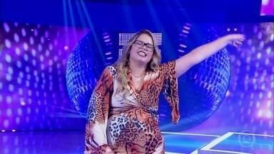 Marília Mendonça canta 'Amante Não Tem Lar' - Cantora apresenta nova música de trabalho