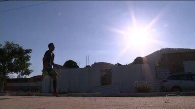 Jovem de 19 anos é considerado um dos melhores atletas do estado no salto - Ele se prepara para disputar a Taça Brasil de Atletismo.