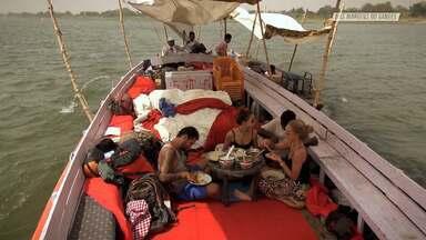 Cremando Um Corpo Às Margens Do Ganges