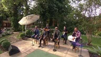 'Só Pra Contrariar' abre o programa ao som de 'Sai Da Minha Aba' - Grupo abre o 'É de Casa' desse Sábado