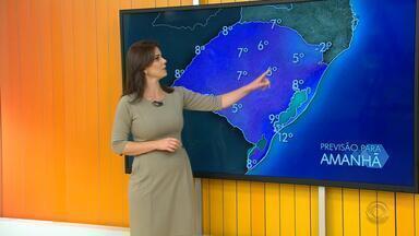 Tempo: há previsão de geadas nos pontos mais altos da Serra no domingo (2) - Assista ao vídeo.