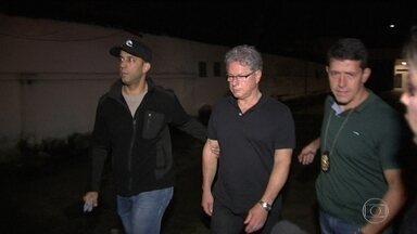 Polícia Federal prende 11 do setor de transportes do Rio suspeitos de propina - Vice-presidente do sindicato das empresas municipais foi preso. Presidente da federação das empresas foi detido em casa.