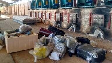 Cerca de 450kg de drogas apreendidas pela Polícia Federal são incinerados em Santarém - Destruição da droga aconteceu em uma cerâmica no bairro Ipanema. A maioria da droga era maconha.