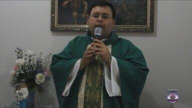 Inquérito conclui que padre abusou de quatro meninos - Inquérito conclui que padre abusou de quatro meninos