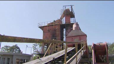 Funcionários da Prodesan temem perder os empregos após fim de contratos - Eles pediram ajuda a vereadores da cidade.