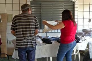 Campanhas do agasalho no Alto Tietê arrecadam peças - Em Mogi das Cruzes peças já estão sendo entregues para quem precisa ficar mais quentinho nesse inverno.