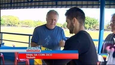 Taubaté sedia a Copa Zico de Futebol - Crianças e adolescentes conheceram o ídolo.