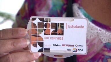 Em apenas um mês, o GDF identifica 2 mil fraudes no cartão Passe Livre - E isso, em apenas uma linha de ônibus. Você vai ver agora como alguns estudantes usam o beneficio que é pago com o dinheiro dos nossos impostos.