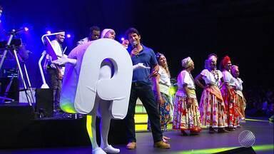'Conexão Digital': alimentos arrecadados já começaram a ser doados; veja como foi o evento - Evento promovido pela Rede Bahia teve shows musicais e apresentações culturais.