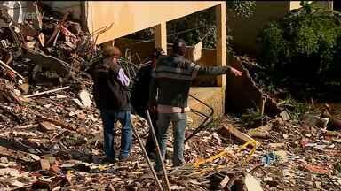 Perícia para identificar causa de queda de prédio em Garanhuns foi iniciada - Ainda não há previsão de conclusão.