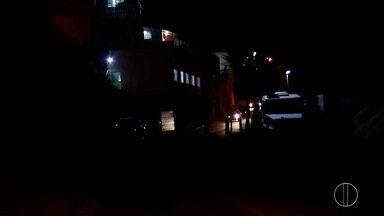 Petrópolis, RJ, contrata empresa para manutenção de iluminação pública - Contrato foi assinado nesta quarta-feira (12), no valor de R$ 252 mil por mês para cuidar de 40.805 pontos de luz na cidade.