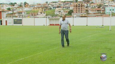 Após seis jogos, Nedo Xavier é efetivado como técnico do Boa Esporte - Após seis jogos, Nedo Xavier é efetivado como técnico do Boa Esporte