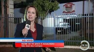 Padre de 97 anos foi vítima de bandidos em São José - Crime foi na Vila Industrial.