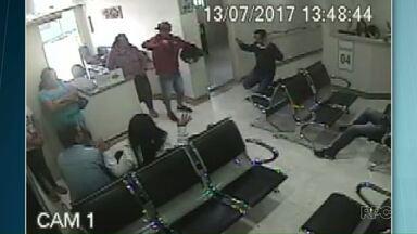 Bandidos assaltam hospital e ameaçam pacientes em Telêmaco Borba - Assalto foi na tarde desta quinta-feira (13).