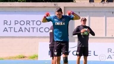 Bruno Silva é dúvida no jogo contra o Sport e Gatito, em recuperação, não deve jogar - Bruno Silva é dúvida no jogo contra o Sport e Gatito, em recuperação, não deve jogar
