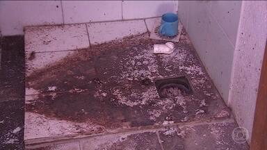Esgoto invade apartamentos financiados pelo Minha Casa, Minha Vida no RS - Sistema de esgoto inteiro de um condomínio simplesmente não funciona. Problema de mal cheiro atormenta a vida de 240 famílias gaúchas.
