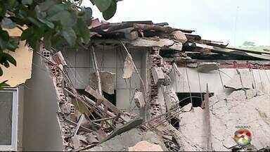 Gerente de fiscalização do CREA fala sobre desabamento de prédio em Garanhuns - Previsão é de que em 20 dias histórico do prédio seja levantado.
