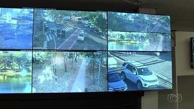 Câmeras de monitoramento começam a ser usadas na fiscalização de trânsito em Goiânia - Secretário Municipal de Trânsito, Fernando Santana, tira dúvidas sobre multas aplicadas no Parque Vaca Brava, no Setor Bueno.