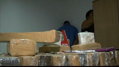 Três mulheres são presas com 30 kg de maconha em João Pessoa - Casal foi detido assaltando em moto. Ambos os casos aconteceram em Mangabeira.