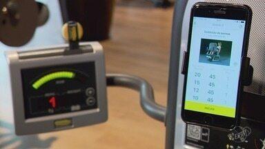 Beleza_Tec: aparelhos de academia interagem através de aplicativos durante musculação - Beleza_Tec: aparelhos de academia interagem através de aplicativos durante musculação